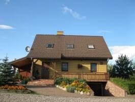 Dom z piękną działką nad jeziorem, Wiżajny